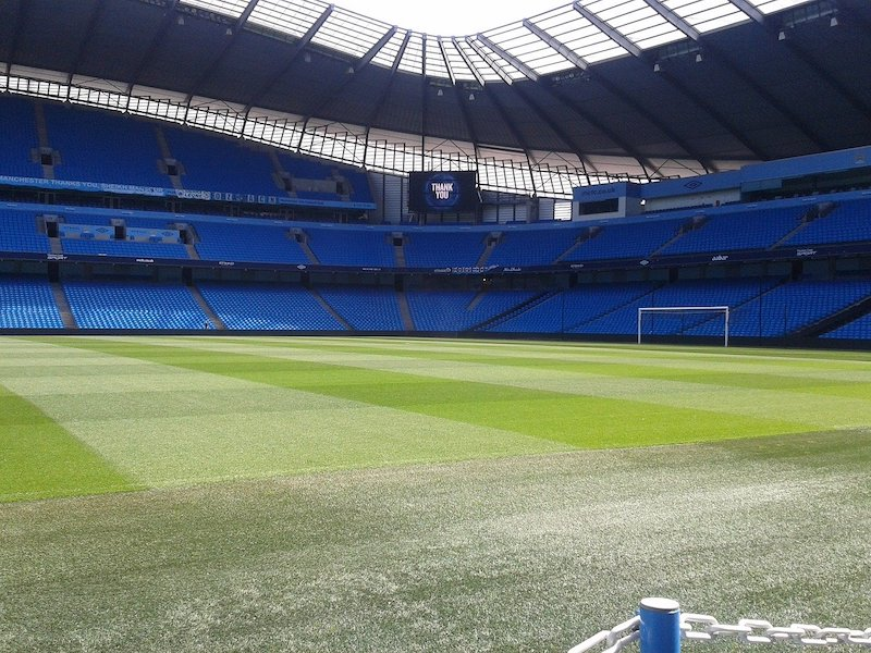 Do Manchester City Fill their Stadium?